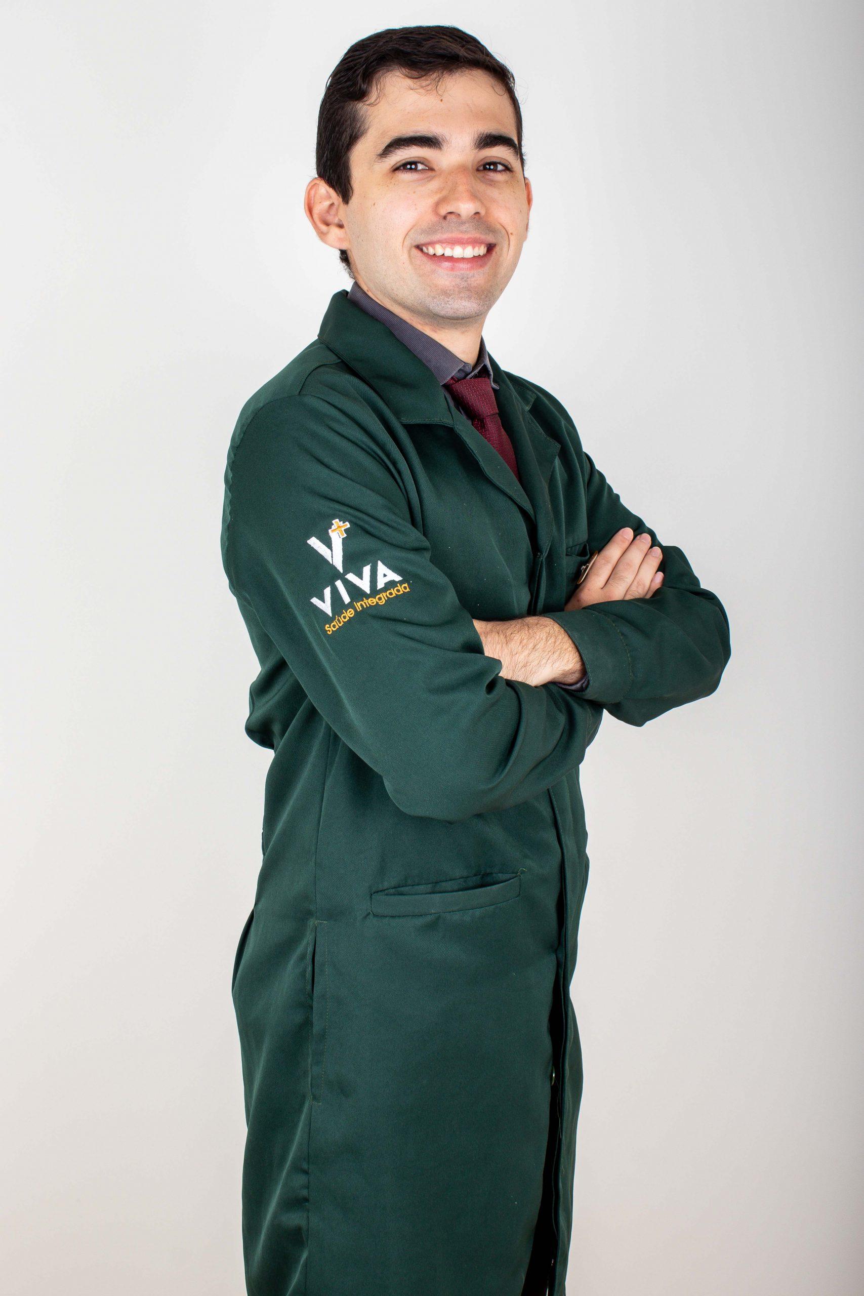 Dr. Vitor Sales